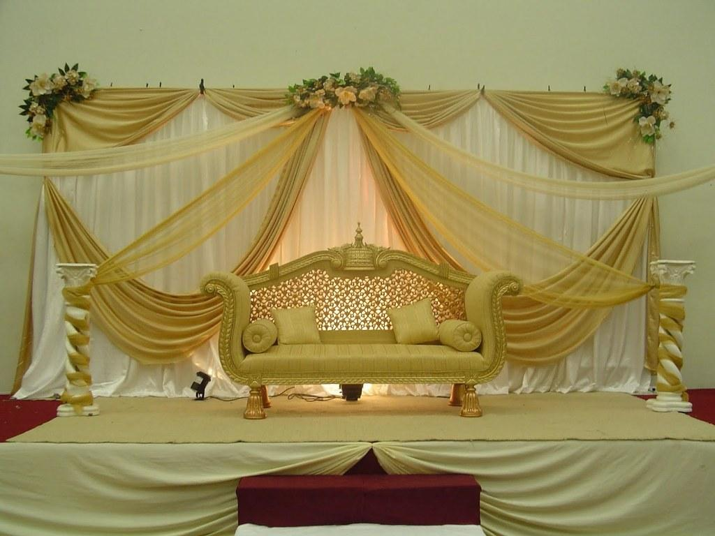 Stage decoration for wedding uae ras al kaimmah abudhabi for Arabic wedding stage decoration